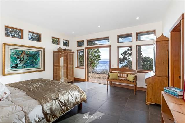 967 Victoria Drive, Friday Harbor, WA 98250 (#1653879) :: Ben Kinney Real Estate Team