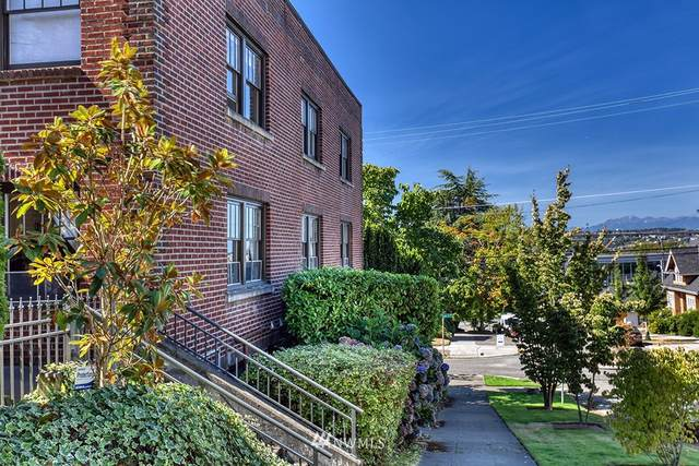 2634 Franklin Avenue E #203, Seattle, WA 98102 (#1656074) :: Capstone Ventures Inc
