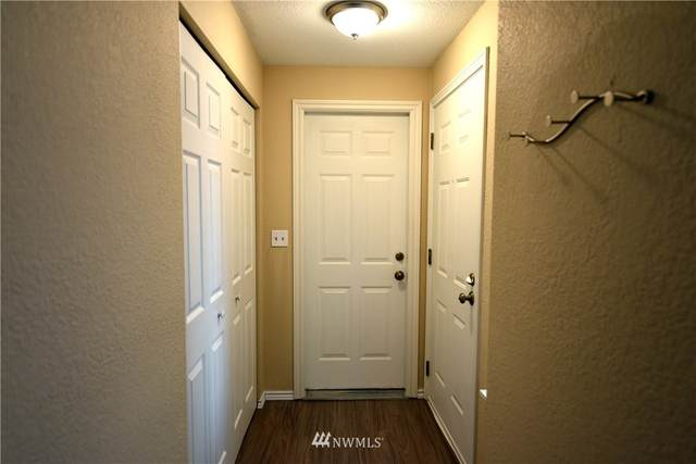 7740 196th Street SW #21, Edmonds, WA 98026 (#1657492) :: Ben Kinney Real Estate Team