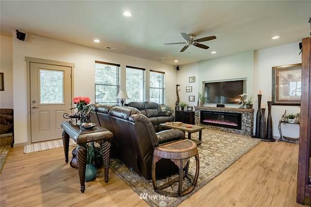 5804 Pioneer Drive, Cashmere, WA 98815 (#1657974) :: Hauer Home Team