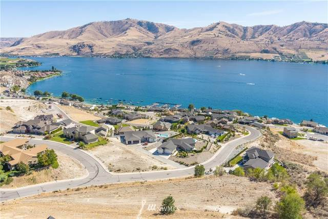 245 Crystal Dr, Chelan, WA 98816 (#1658659) :: Alchemy Real Estate