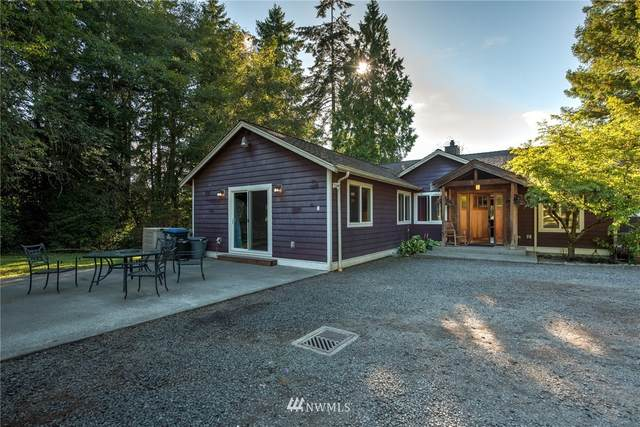 9403 Eric Avenue NE, Bainbridge Island, WA 98110 (#1658856) :: Ben Kinney Real Estate Team