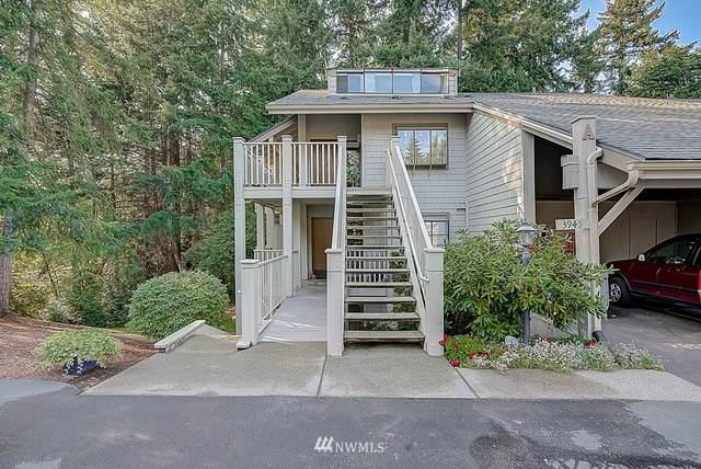 3945 108th Avenue NE, Bellevue, WA 98004 (#1661138) :: Ben Kinney Real Estate Team