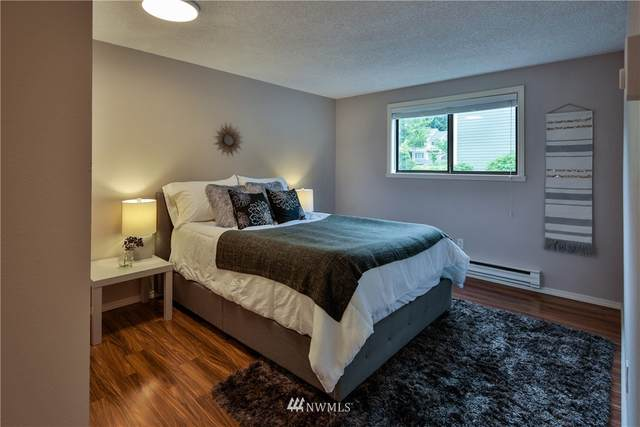 220 SW Clark Street B102, Issaquah, WA 98027 (#1661241) :: Becky Barrick & Associates, Keller Williams Realty