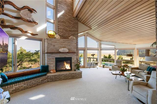 5 Beach Drive, La Conner, WA 98257 (#1661661) :: Becky Barrick & Associates, Keller Williams Realty