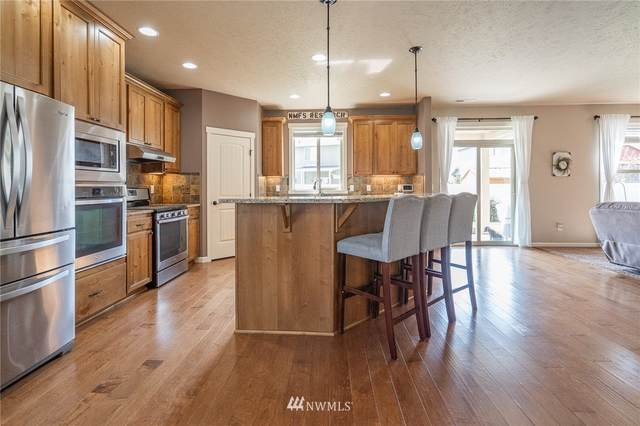 4707 W Badger Street, Moses Lake, WA 98837 (#1662353) :: Ben Kinney Real Estate Team