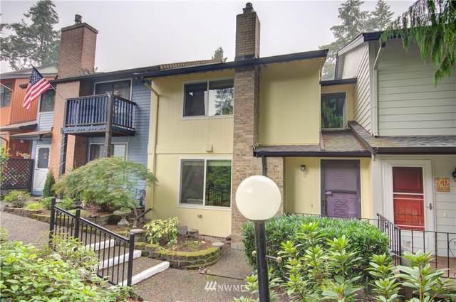 1801 Evergreen Park Court SW #11, Olympia, WA 98502 (#1663654) :: Ben Kinney Real Estate Team