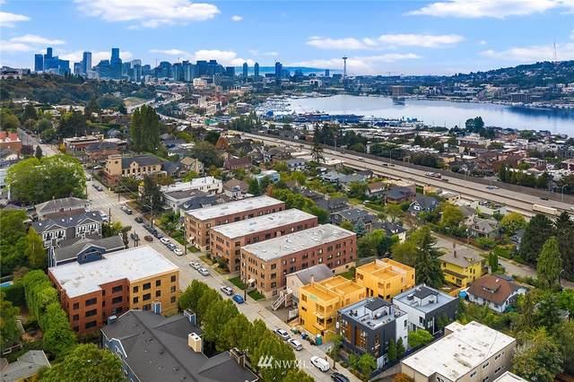 2347 10th Avenue E, Seattle, WA 98102 (#1665185) :: Hauer Home Team