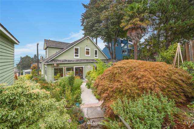 5627 SW Admiral Way, Seattle, WA 98116 (#1665346) :: Urban Seattle Broker