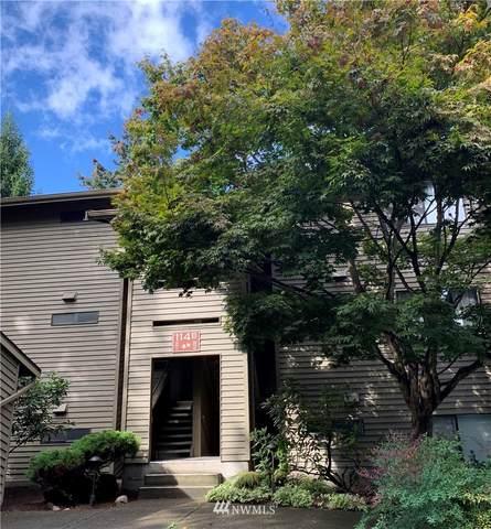 114 SW 116th Street B11, Seattle, WA 98146 (#1666476) :: Ben Kinney Real Estate Team