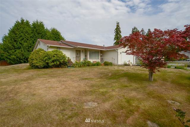 210 Mackenzie Drive, Camano Island, WA 98282 (#1666912) :: NextHome South Sound