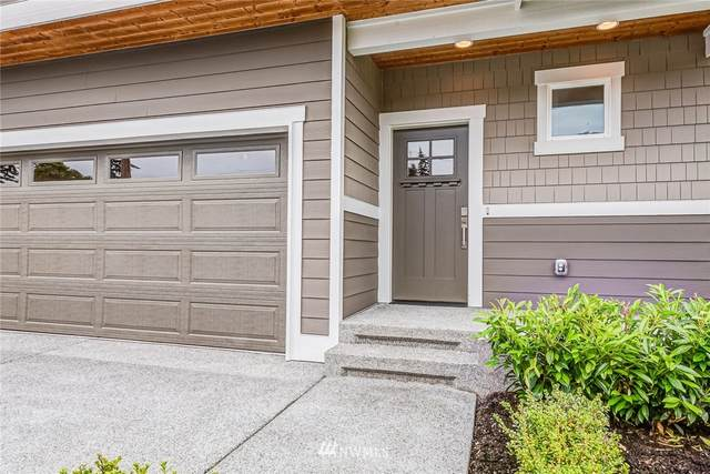 1305 170th Street SW A, Lynnwood, WA 98037 (#1667819) :: Better Homes and Gardens Real Estate McKenzie Group