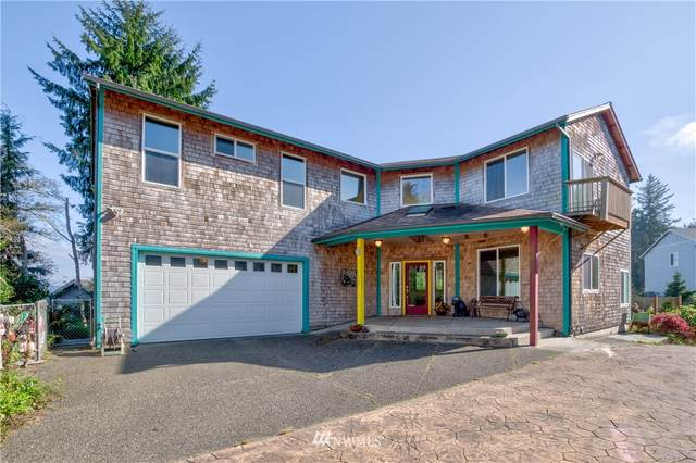 2108 Klahanee Drive, Ilwaco, WA 98624 (#1669524) :: NW Home Experts