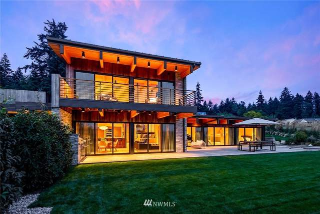 10268 NE Skiff Point Lane, Bainbridge Island, WA 98110 (#1670465) :: The Shiflett Group