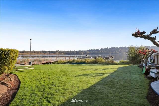 4214 W Lake Sammamish Parkway NE #304, Redmond, WA 98052 (#1678256) :: Mike & Sandi Nelson Real Estate
