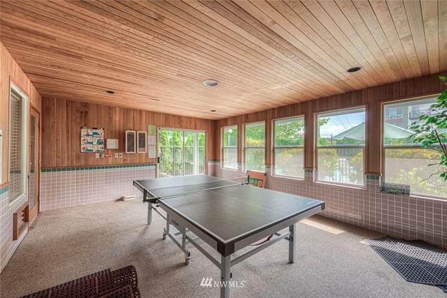 6700 NE 182nd Street C308, Kenmore, WA 98028 (#1679084) :: Ben Kinney Real Estate Team