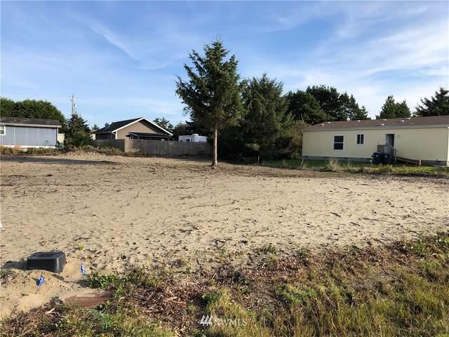 377 N Wynoochee Drive SW, Ocean Shores, WA 98569 (#1682380) :: Mike & Sandi Nelson Real Estate
