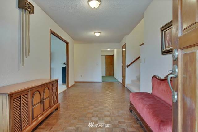 41232 196th Avenue SE, Enumclaw, WA 98022 (#1688150) :: The Robinett Group