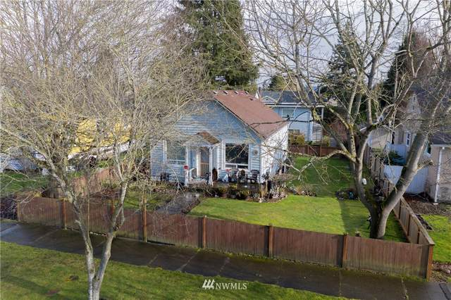 1805 Rainier Avenue, Everett, WA 98201 (MLS #1689318) :: Brantley Christianson Real Estate