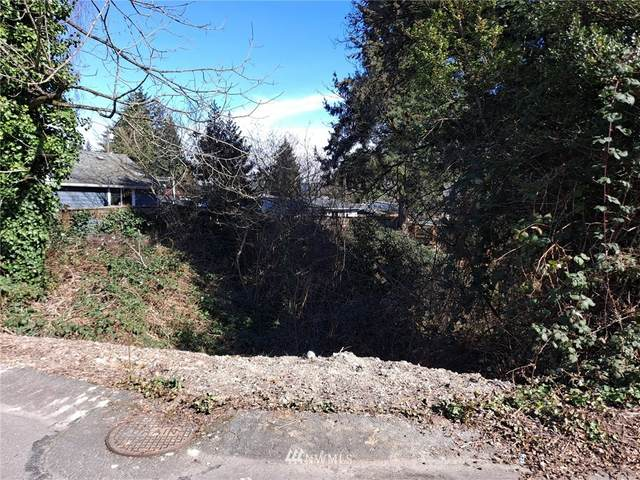 672 Lind Avenue NW, Renton, WA 98057 (#1690530) :: Hauer Home Team