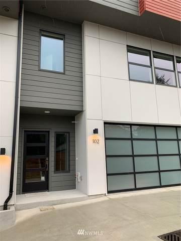6525 NE 182nd Street #102, Kenmore, WA 98028 (#1690848) :: Ben Kinney Real Estate Team