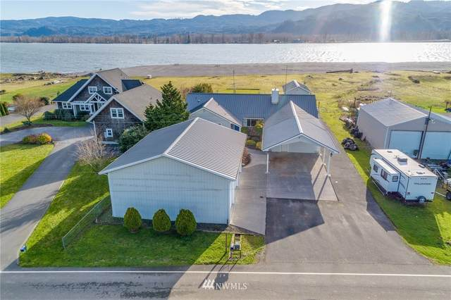 166 E Sunny Sands, Cathlamet, WA 98612 (#1693544) :: TRI STAR Team | RE/MAX NW