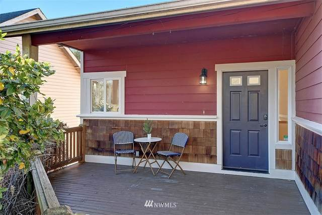 5935 16th Avenue SW, Seattle, WA 98106 (#1693668) :: The Snow Group