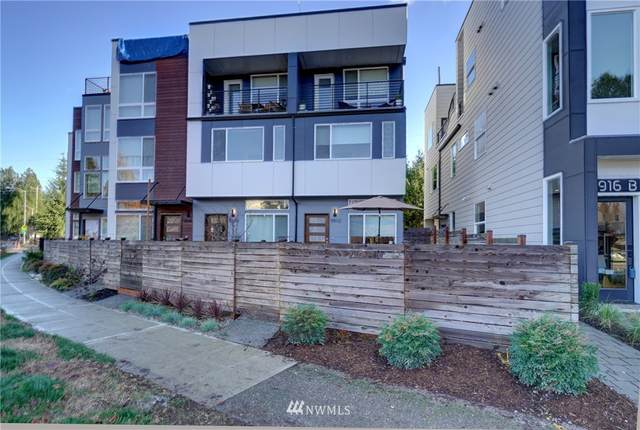 5912 Fauntleroy Way SW, Seattle, WA 98136 (#1694194) :: Hauer Home Team