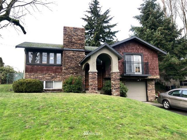 15604 NE 1st Place, Bellevue, WA 98008 (MLS #1713399) :: Community Real Estate Group