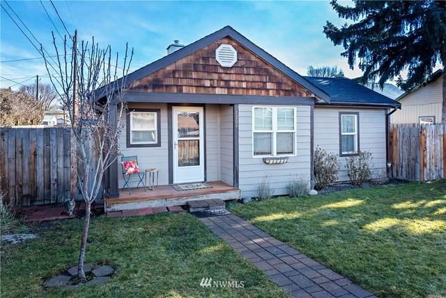 1202 N Okanogan Street, Ellensburg, WA 98926 (MLS #1723859) :: Brantley Christianson Real Estate