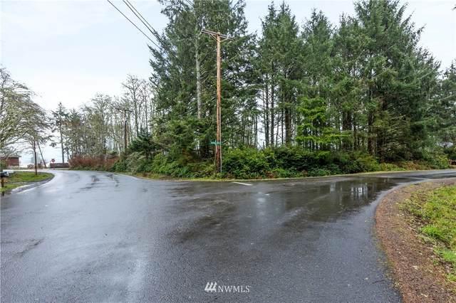 798 Chenois Avenue NE, Ocean Shores, WA 98569 (#1731883) :: Front Street Realty