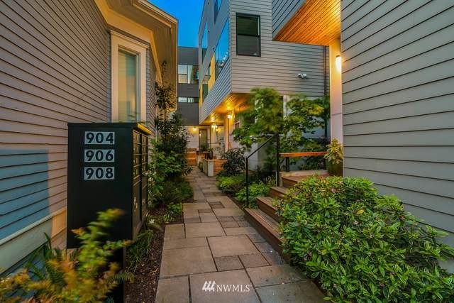 908 13th Avenue A, Seattle, WA 98122 (#1734803) :: Costello Team