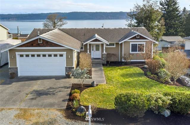 2923 Viewmont Place, Camano Island, WA 98282 (#1736558) :: NW Home Experts
