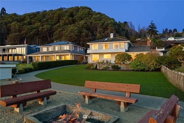 11061 Arroyo Beach Place SW, Seattle, WA 98146 (#1742651) :: Better Properties Real Estate