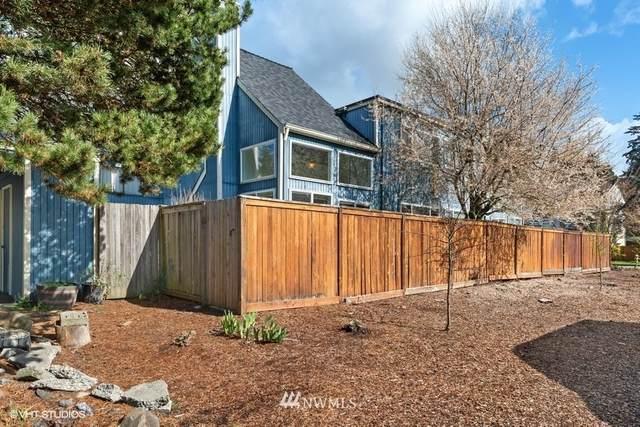 8455 25th Avenue SW C, Seattle, WA 98106 (#1746184) :: Keller Williams Western Realty