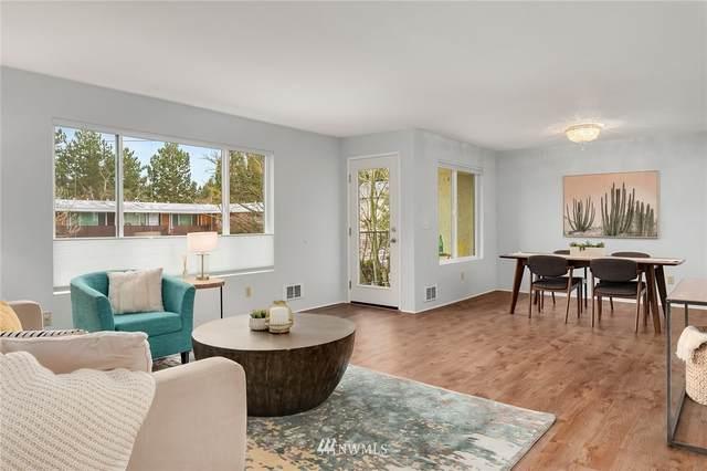 12300 28th Avenue NE #202, Seattle, WA 98125 (#1746258) :: Better Properties Real Estate