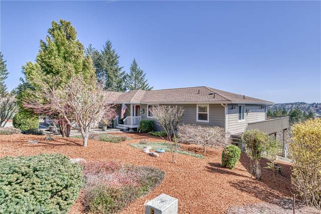 211 E Rainier Court, Allyn, WA 98524 (#1748133) :: Costello Team