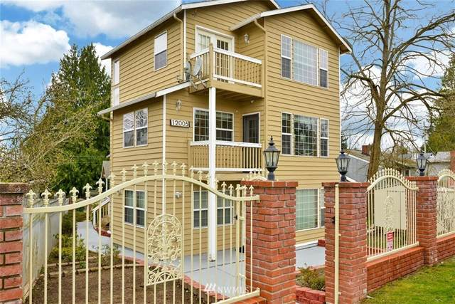 12005 Sand Point Way NE, Seattle, WA 98125 (#1748484) :: Icon Real Estate Group