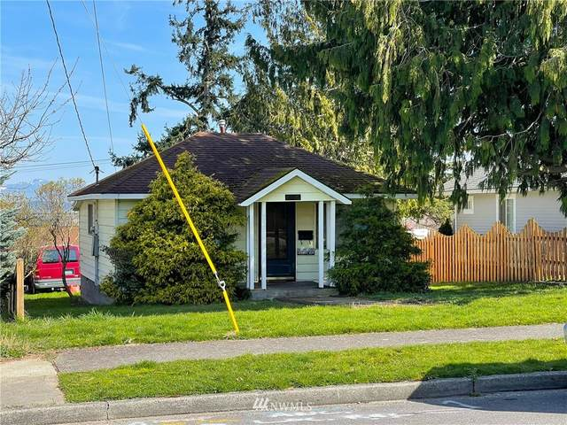 2031 L Avenue, Anacortes, WA 98221 (#1752089) :: Costello Team