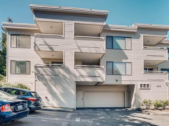 5225 50th Avenue NE #108, Seattle, WA 98105 (#1755765) :: NextHome South Sound
