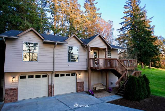 874 Vista Drive, Camano Island, WA 98282 (#1756107) :: NW Home Experts