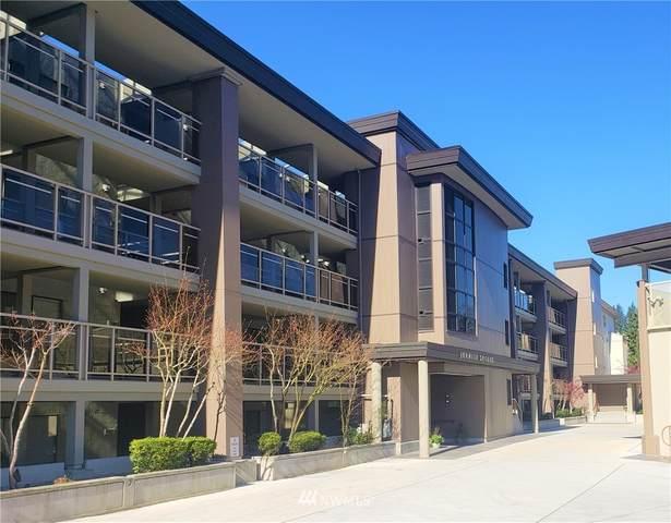 9727 NE Juanita Drive #210, Kirkland, WA 98034 (#1756225) :: Mike & Sandi Nelson Real Estate