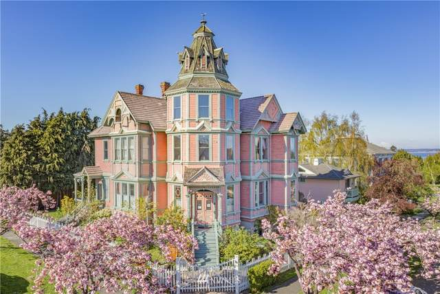 744 Clay Street, Port Townsend, WA 98368 (MLS #1756860) :: Community Real Estate Group