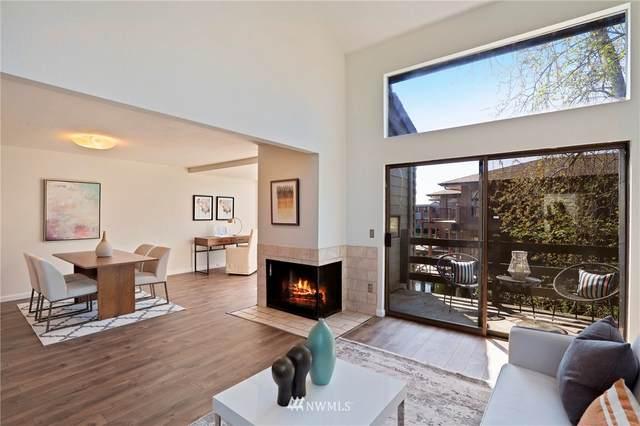 7 Lake Bellevue Drive #212, Bellevue, WA 98005 (#1759597) :: Better Properties Lacey