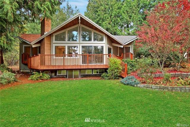 6573 NE Monte Vista Place, Bainbridge Island, WA 98110 (MLS #1760196) :: Community Real Estate Group