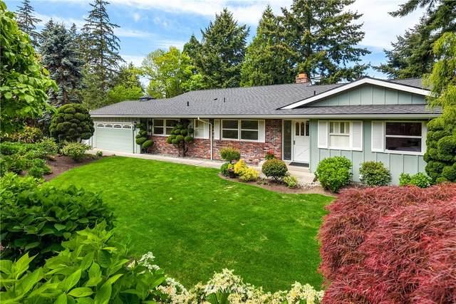 9632 NE 34th Street, Clyde Hill, WA 98004 (#1763968) :: McAuley Homes