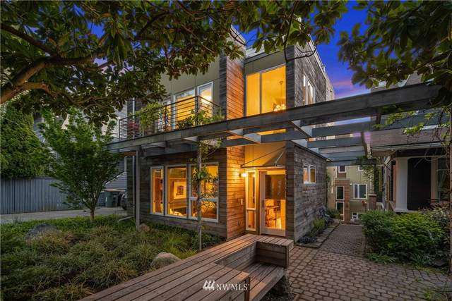 1907 9th Avenue W, Seattle, WA 98118 (#1764914) :: Alchemy Real Estate