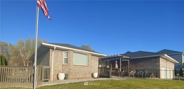 903 NE Easy Street, Moses Lake, WA 98837 (#1766216) :: Ben Kinney Real Estate Team