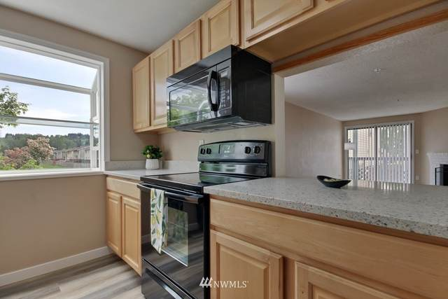 3322 I Street NE F 201, Auburn, WA 98002 (#1769846) :: My Puget Sound Homes