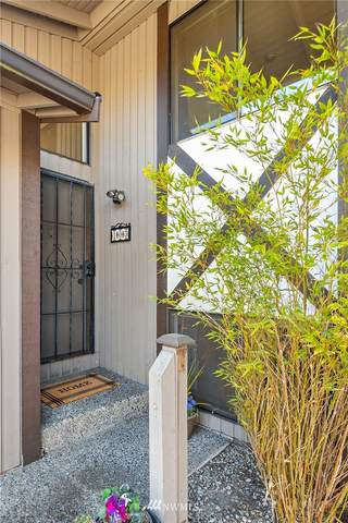 323 SW 112th Street #103, Seattle, WA 98146 (MLS #1771417) :: Community Real Estate Group